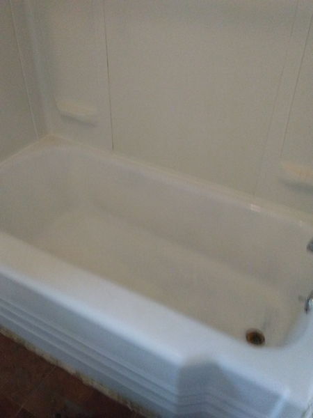 How To Clean A Dirty Bathtub Brian S Home Repairs